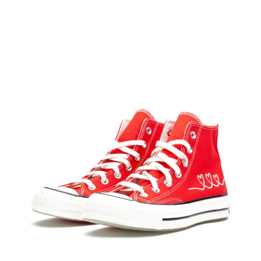 CONVERSE-HEART-SHOES-RED-HI-TOP