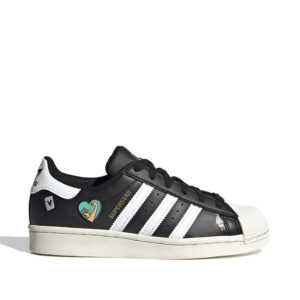 Adidas-Superstar-Shoes-sideangle