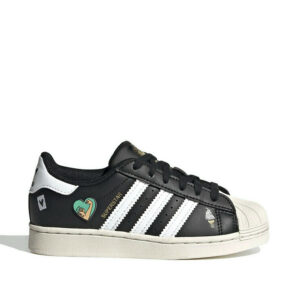 Adidas-kids-Superstar-Shoes-sideangle