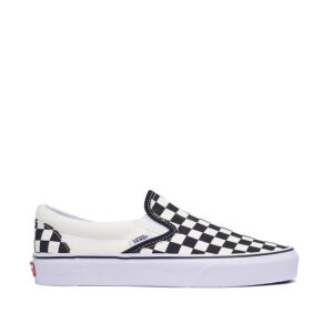 vans-Checkerboard-Slip-on-Black-Off-Whote-sideangle